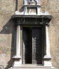 chiesa-di-sant'agostino---portale