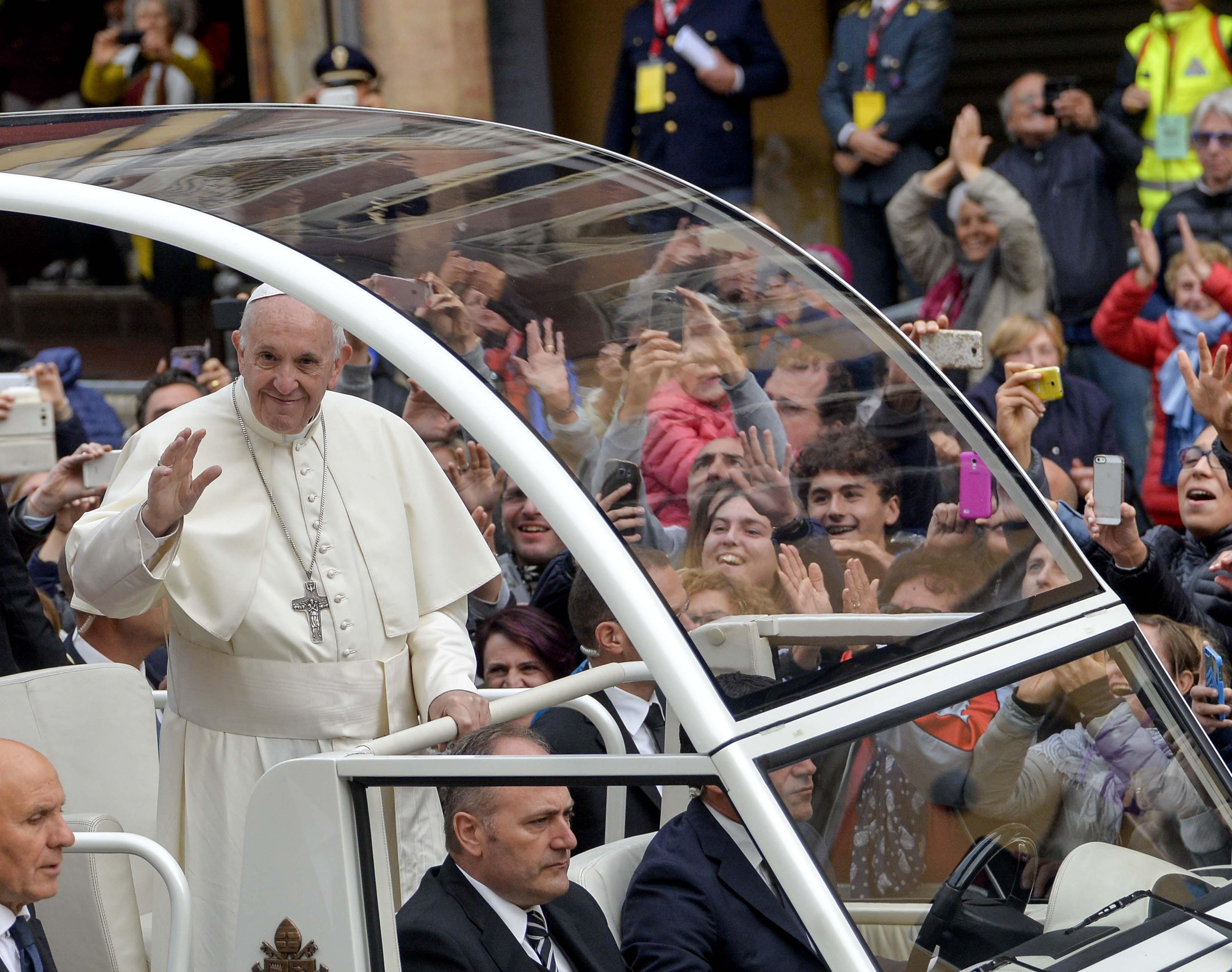 Rimini, 01 Ottobre 2017; Papa Francesco Bergoglio, visita la citta di Cesena