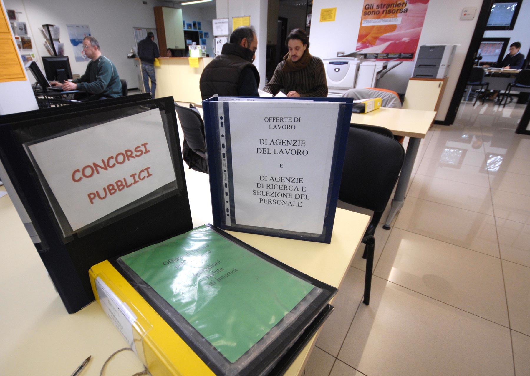 Ufficio Per Disoccupazione Milano : Disoccupati facciamo un patto! il ponte