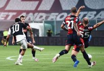 La Juve batte il Genoa 3-1, la Lazio resta a -4