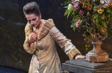 Traviata guarda al passato
