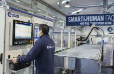 SCM: dove le macchine si adattano alle persone