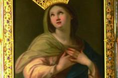 Rimini, furto in chiesa. Rubate corona e collanina alla Madonna di Santa Chiara