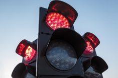 Aumentano le multe per i… semafori rossi