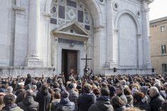 Via Crucis, itinerario di popolo per la Settimana Santa