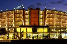 Semaforo verde per la variante alberghi