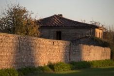 """Abbattute o abbandonate: il destino delle """"case stellate"""""""
