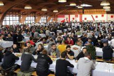 Bullismo a scuola. Antonio Tinelli, San Patrignano: 'Il rispetto va insegnato'. Il prof. Lattanzi: 'Gli insegnanti si sentono soli'