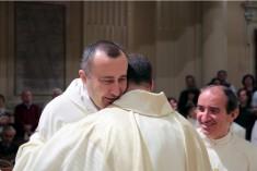 """Don Roberto Zangheri – """"Eccomi di nuovo prete-pastore"""""""