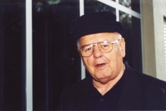 Don Tino: in piccola parrocchia prete del mondo intero