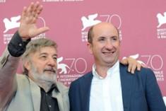 """""""L'intrepido""""   Albanese che soffre la crisi"""