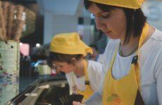 In Romagna più occupati, ma pagati meno