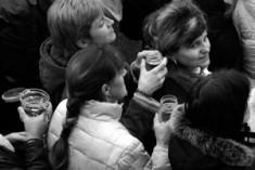 Bambini e donne, via all'integrazione