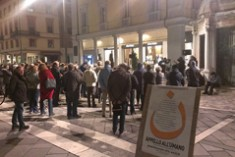 Appello all'Umano, RImini si ritrova in piazza