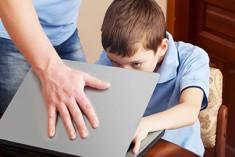 Opportunità e rischi… social: genitori e figli nell'epoca del web