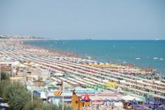 Vacanze in Riviera? Vince il web… a dirlo è Info Alberghi