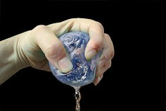 La Terra grida aiuto