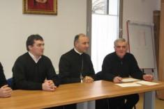 L'abbraccio del Vescovo di Oradea