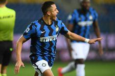 L'Inter vince 2-1 a Parma e vola a +6 sul Milan
