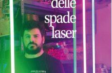 L'uomo delle spade laser
