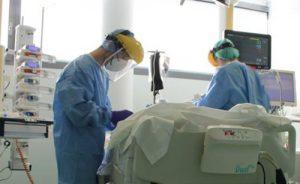 Rimini, Coronavirus: i contagi rialzano la testa (75), scendono terapia intensiva e ricoveri